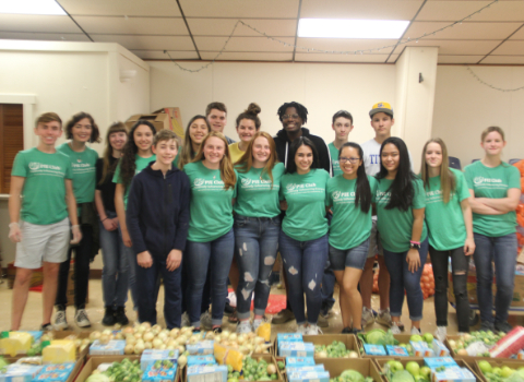 Clemens, Corbett food drive assists community